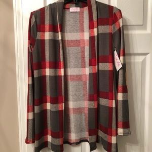 NWT Pink Lily Boutique Buffalo Plaid Cardigan!!